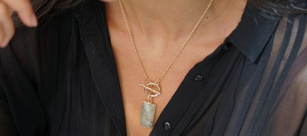 high jewelery necklaces with natural stones